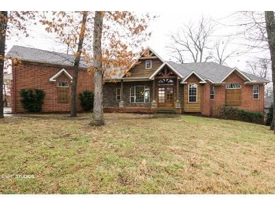 4 Bed 3.5 Bath Foreclosure Property in Bentonville, AR 72712 - Creek View Rd
