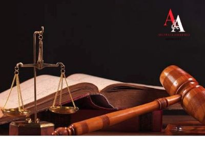 Top Lawyers who help in setting up business in India