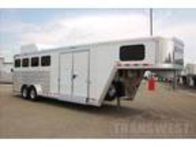 2019 Cimarron Norstar 4 horses