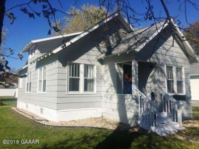 401 E 8th Street Morris Two BR, Welcome Home! This property has