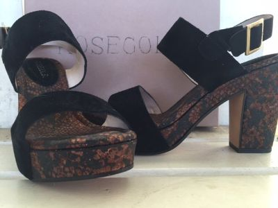 RoseGold Tanya Black Sandals Size 9