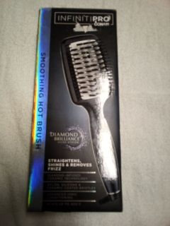 Conair Infiniti Pro Smoothing Hot Brush