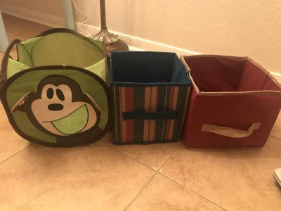 Small canvas boxes