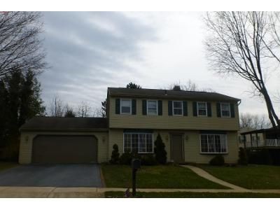 4 Bed 2.5 Bath Preforeclosure Property in Reading, PA 19610 - Rosewood Ct