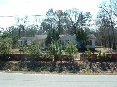 3 Bed 2 Bath Preforeclosure Property in Spring Lake, NC 28390 - Rainey Dr