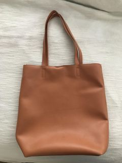 Light brown leather purse, long and lightweight