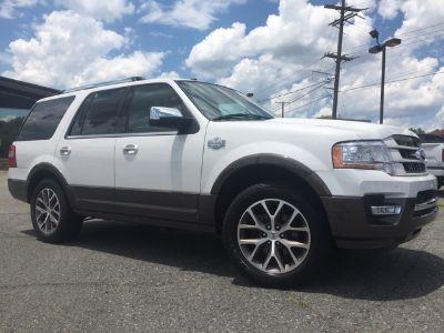 2015 Ford Expedition (White Platinum Metallic Tri-Coat)