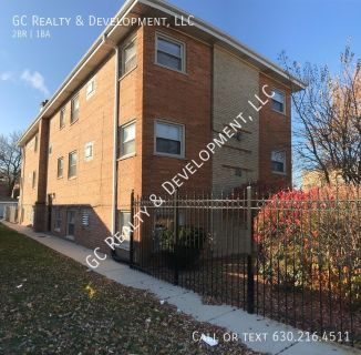 ***2 BDRM / HEAT & HOT WATER INCL IN RENT / APPLIANCES INCL / COIN LAUNDRY IN BUILDING***