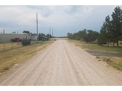 5 Bed 2 Bath Foreclosure Property in Fritch, TX 79036 - Wagon Wheel Rd