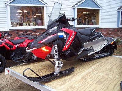 2016 Polaris 800 SWITCHBACK PRO-S ES Trail Sport Snowmobiles Center Conway, NH