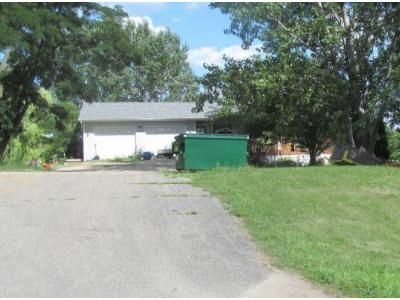 3 Bed 1.5 Bath Foreclosure Property in Winsted, MN 55395 - Babcock Ave