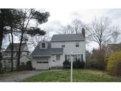 3 Bed 3 Bath Foreclosure Property in Eastchester, NY 10709 - Rose Ave