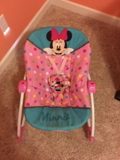 Minnie Mouse bouncy seat