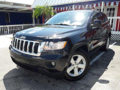 2011 Jeep Grand Cherokee Laredo (Black)