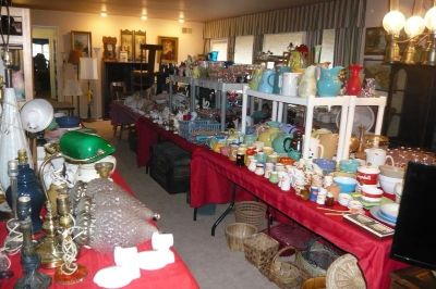 Apple Valley Estate Sale Up to 75% OFF..
