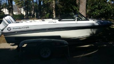 PRICED TO SELL BOAT WITH MOTOR AND TRAILER - ONLY 40 HRS of USE