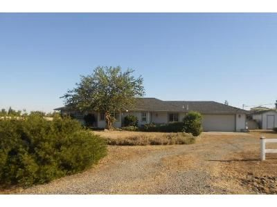 3 Bed 2 Bath Foreclosure Property in Red Bluff, CA 96080 - Gipson Ct