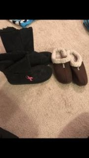 breast cancer boots 8, moccasins size 7-8