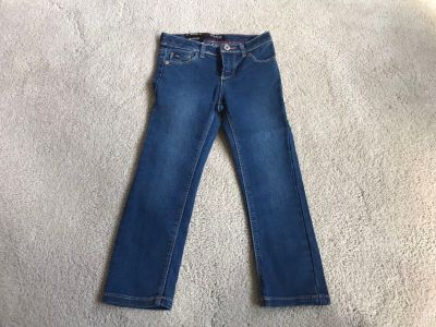 NWT Girl s Jordache Jeans Size 4T