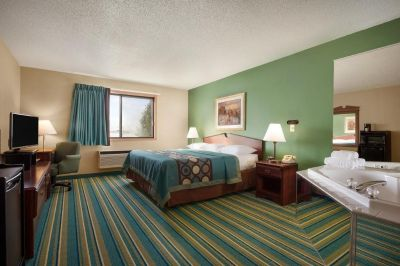 Delightful Extended Stay Hotel New Richmond - Asteria Inn and Suites