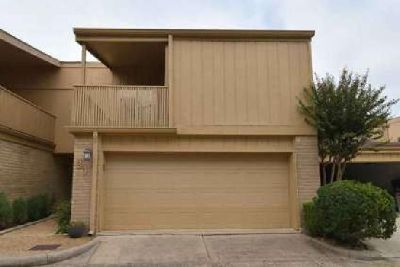 880 Tully Road 31 Houston Three BR, Beautiful townhome that
