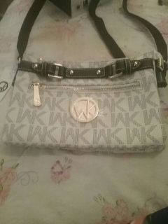 NWT: Wendy Keen Purse