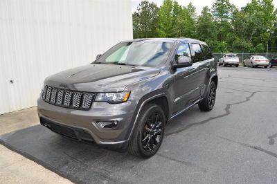 2017 Jeep Grand Cherokee Laredo (Grey)