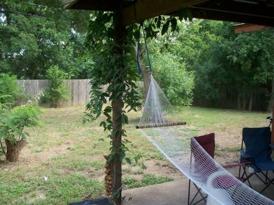 - $500 $500 All Bills Included Room for Rent Cute House in South Austin  (StassneyManchaca)