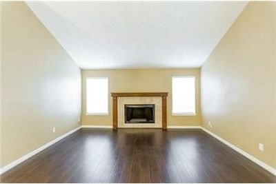 House for rent in Sugar Land. Single Car Garage!
