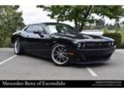 Used 2015 Dodge Challenger Pitch Black Clearcoat, 53K miles