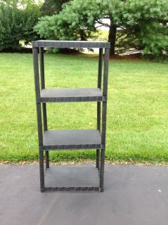 MONDAY SPECIAL - Outdoor light weight shelving