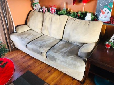 TAN COUCH MATCHING LOVESEAT