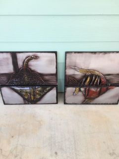 Set of beach metal art; stingray and fish. Brand new. Never used.