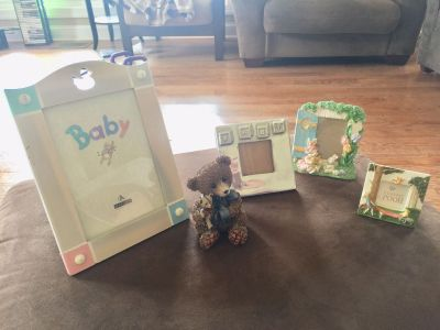 NEW!! Baby Picture Frames & Poly Resin Bear Lot