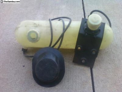 1971 bus washer bottle with backet, cap and hose