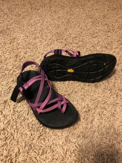 Chacos wore a couple of times EUC women s size 6, paid $98
