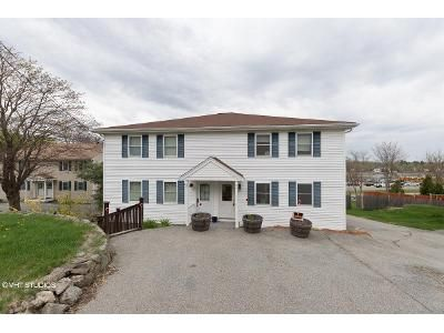 2 Bed 2 Bath Foreclosure Property in Gloucester, MA 01930 - Cherry Street