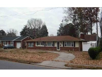 3 Bed 2 Bath Foreclosure Property in Hampton, VA 23669 - Woodland Rd