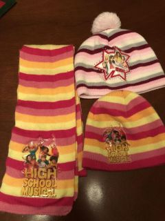 Kids scarf and 2 hats