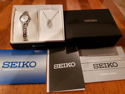 New Seiko Solar Power Womens Watch With Necklace!