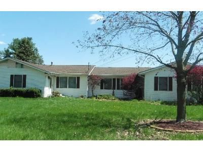 3 Bed 1.5 Bath Foreclosure Property in Schoolcraft, MI 49087 - Oakland Dr