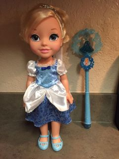 Young Cinderella doll & wand
