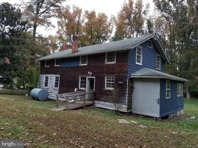2 Bed 2 Bath Foreclosure Property in Lorton, VA 22079 - Fox Glove Trl