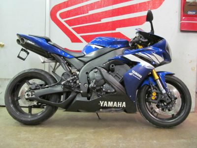 2006 Yamaha YZF-R1 Supersport Motorcycles Crystal Lake, IL