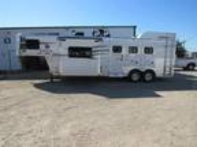 2019 Lakota Trailers Charger 3 Horse 11' Short Wall w/Slide-Out 3 horses