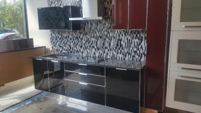 Modern-Metal-and-High-Gloss-Glass-Stosa-Brilliant-Kitchen-with-Sink-and-Range Modern-Metal-and-High-Gloss-Glass-Stosa-Brilliant-Kitchen-wi