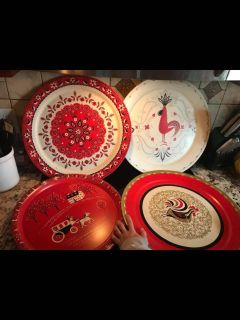 4 Antique rooster Pennsylvania Dutch. serving trays 2 matching plates. ALL $15