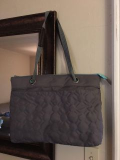 Gray quilted dot with turquoise Thirty-one bag