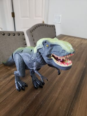 Large Jurassic Park T-Rex Toy. Roars and Has a Detachable Tail.
