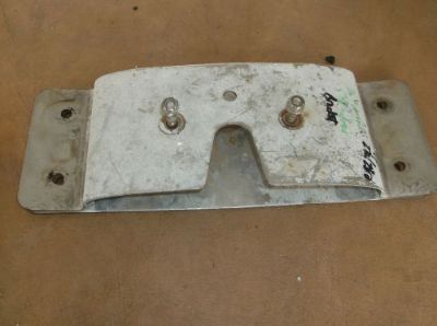 Sell Volvo Penta AQ280 Sterndrive Stabilizer Bracket Assy motorcycle in Seminole, Florida, United States, for US $224.99
